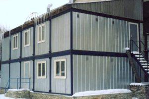 здание из бытовок